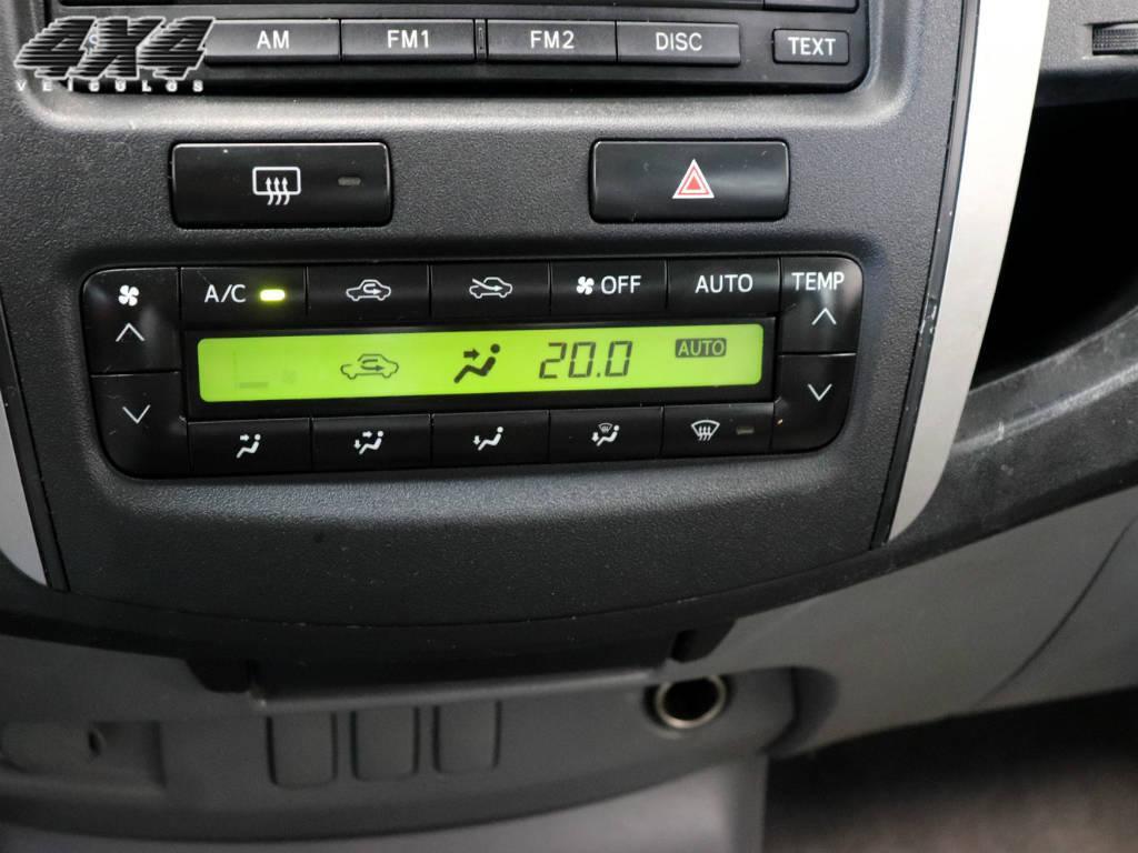 Toyota Hilux CD 4X4 SRV 2009