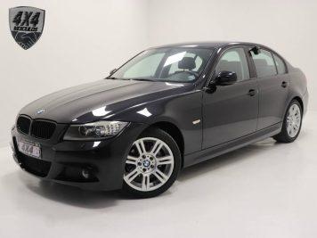 Foto numero 0 do veiculo BMW 318i PF 71 - Preta - 2011/2012